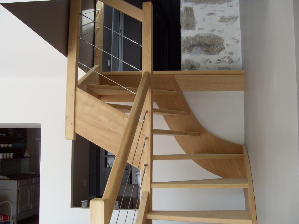 Escalier 1/4 Tournant en partie haute sans contre-marche avec cables inox